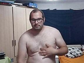 Strippen mit anschliessender Masturbation und Cumshot
